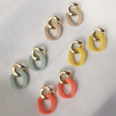 AccentsUK Gold & Matte Colour Chain Link Earrings Beige Blue Orange and Yellow lying flat